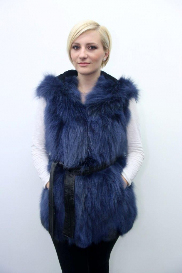 Corine - Fox Vest with Hood