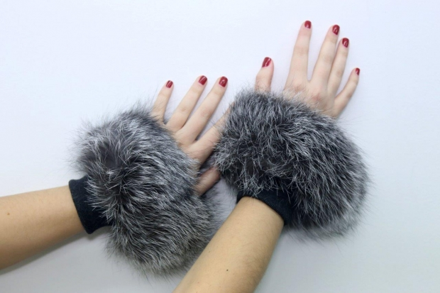 Sophia's sleevelet - fox and textile in silver colour