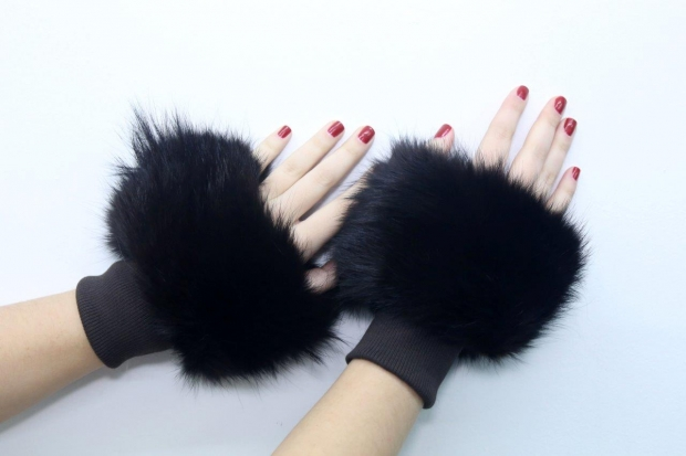 Sophia's sleevelet - Fox and textile in black colour