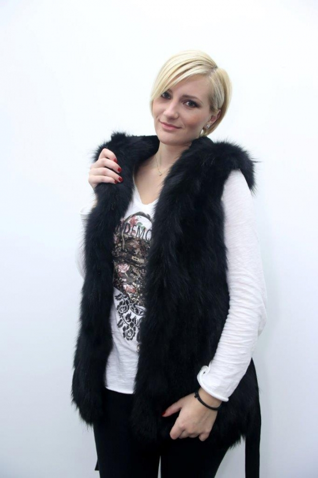 Corine - FIN RACCOON Vest with Hood
