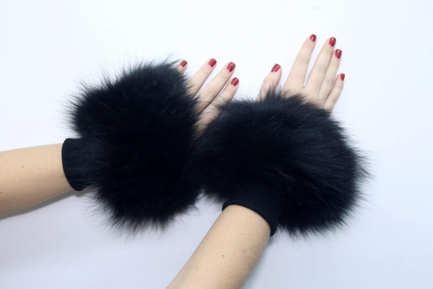 Sophia's sleevelet - fin raccoon and textile in black colour